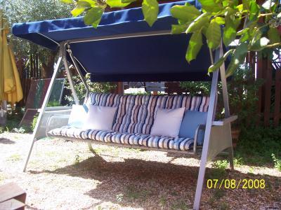 Dondolo con cuscineria artigianale mobili da giardino a roma produzione e vendita dondolo - Vendita mobili da giardino roma ...